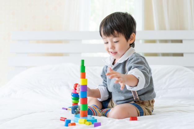 Køb det bedste og sikreste legetøj til din baby
