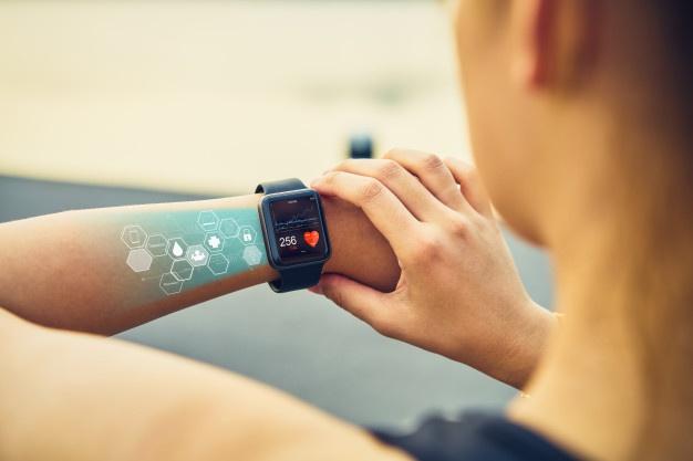 smartwatch på arm