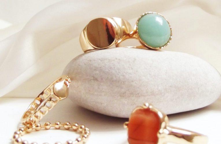 Den perfekte gave: smykker med ædelsten